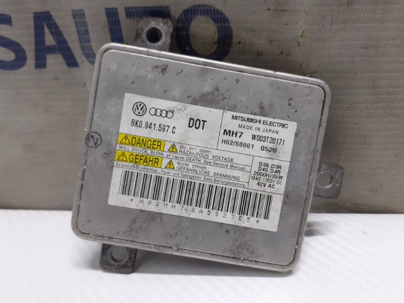 Блок розжига ксенона Volkswagen Touareg NF 3.6