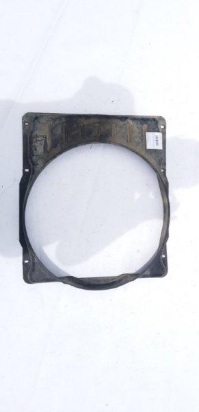 Диффузор радиатора Mitsubishi Fuso FK330C 6D31