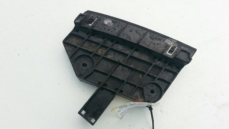 Крепление бампера Nissan Cube Z12 HR15DE переднее левое
