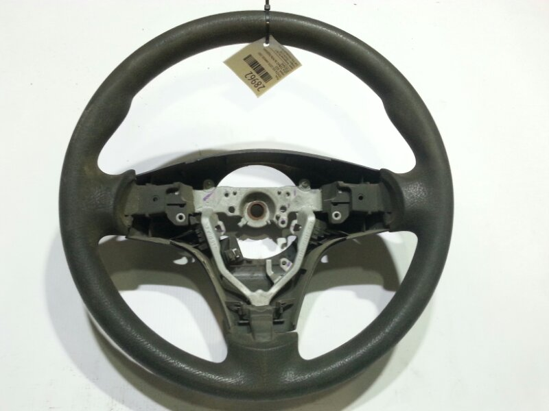 Руль Toyota Isis ANM10G 1ZZFE 2005