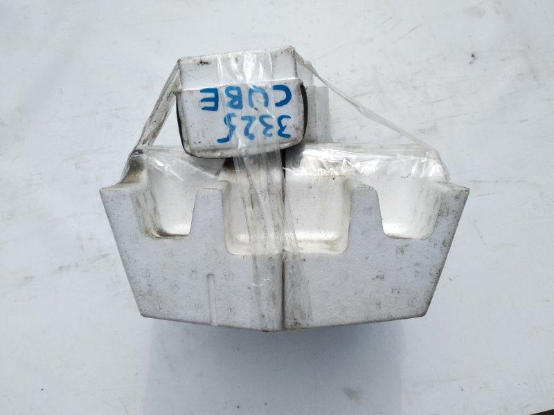 Пенопласт в бампер Nissan Cube Z12 HR15DE 2009 задний