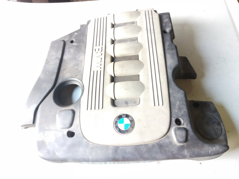 Пластиковая крышка на двс Bmw X6 E71 M57N2 11.2008