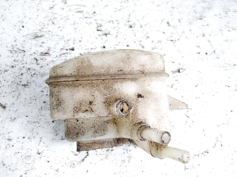 Бачок для тормозной жидкости Nissan Atlas SP2F23 TD27