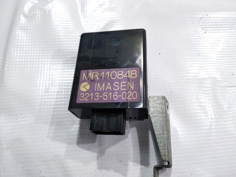 Блок управления 4wd Mitsubishi Delica PA4W 4M40T 1995