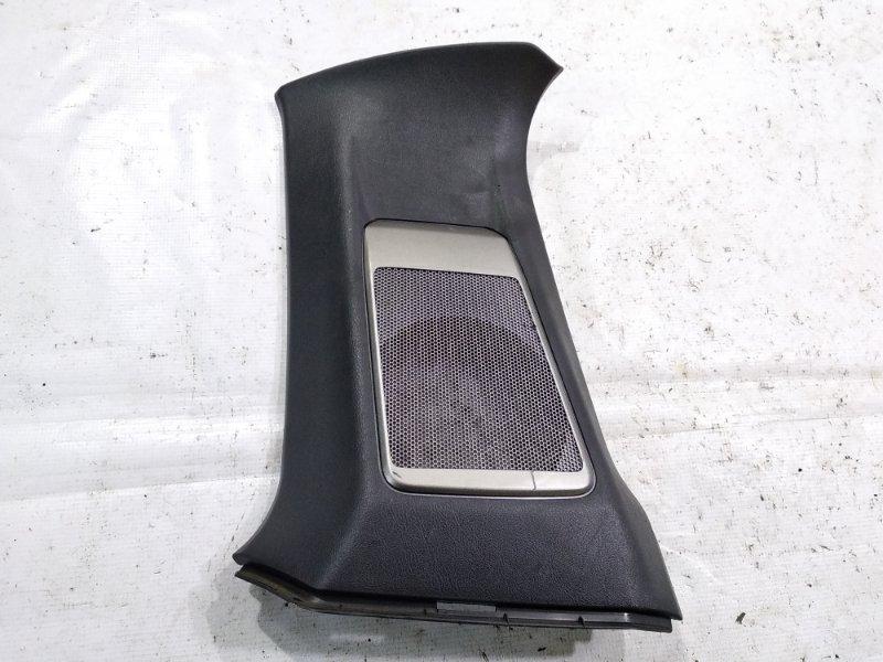 Обшивка стойки кузова Mitsubishi Pajero Io H66W 4G93 задняя правая верхняя