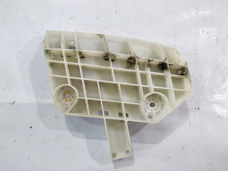 Крепление бампера Nissan Cube NZ12 HR15DE 2010 переднее левое
