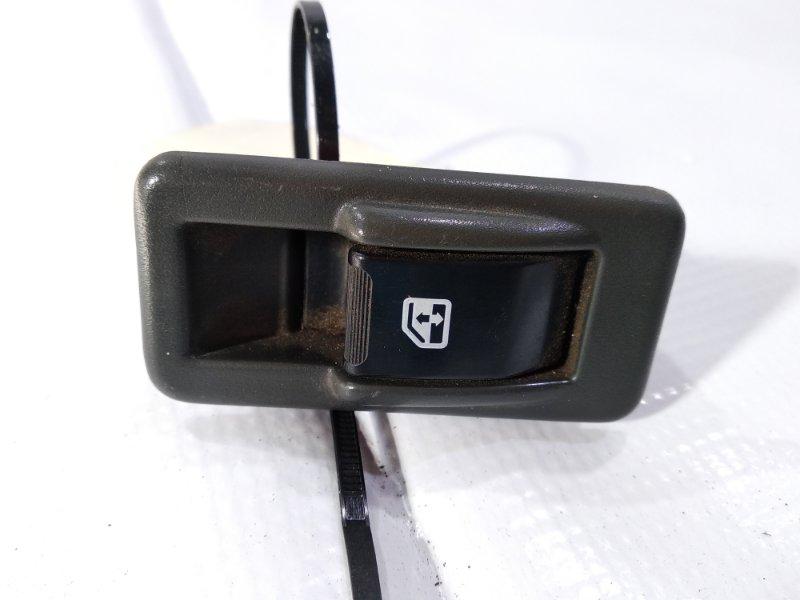 Кнопка стеклоподъемника Mitsubishi Pajero V21 4M40 задняя левая