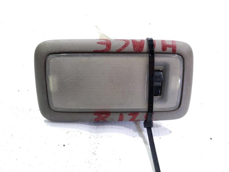 Светильник салона Toyota Hiace KZH106 1KZTE задний