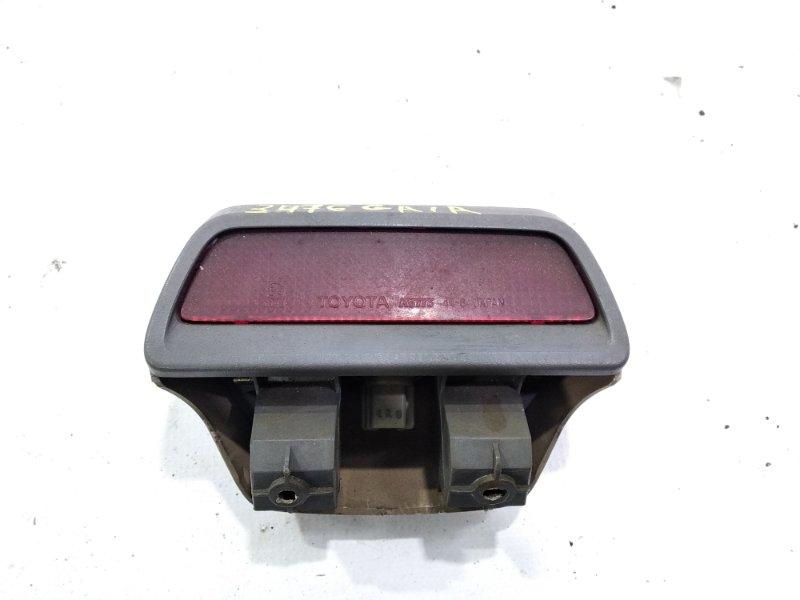 Стоп-сигнал в салоне Toyota Gaia SXM10 3CTE 1999 задний