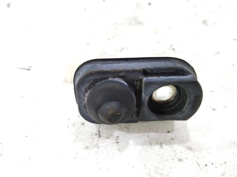 Контакт двери Suzuki Escudo TA74W H27A 2005 задний правый