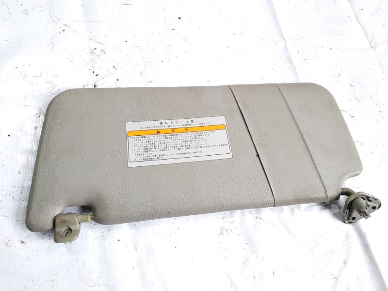 Козырек Nissan Elgrand AVWE50 ZD30DDTI 2000 передний правый