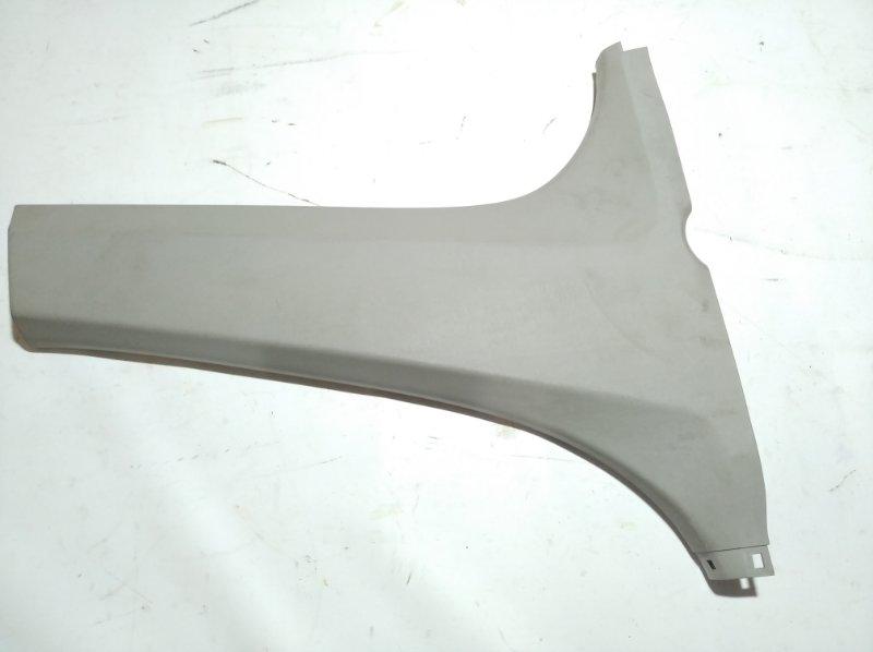 Обшивка стойки кузова Toyota Passo KGC30 1KRFE 2010.07 задняя правая нижняя