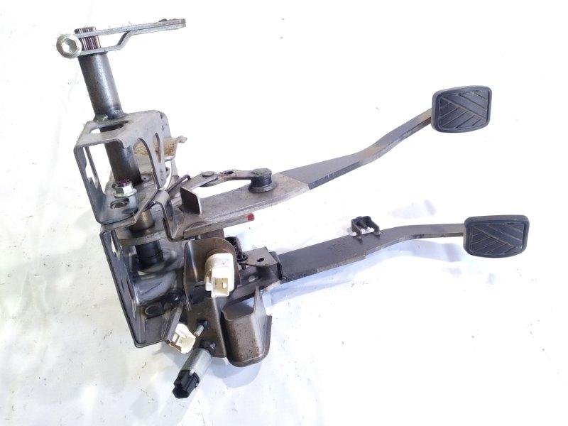 Педаль сцепления Suzuki Escudo TA74W J24B 2008