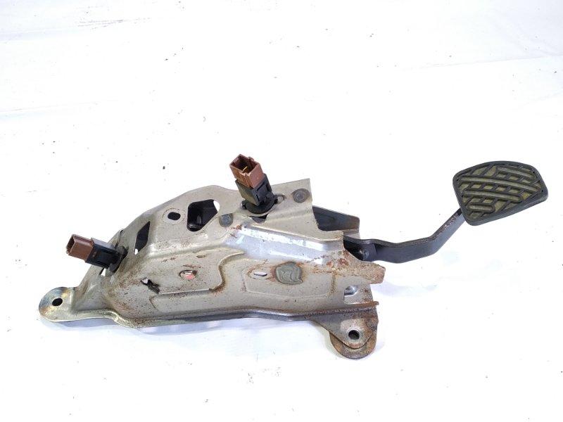 Педаль сцепления Nissan Xtrail T31 M9R 2008