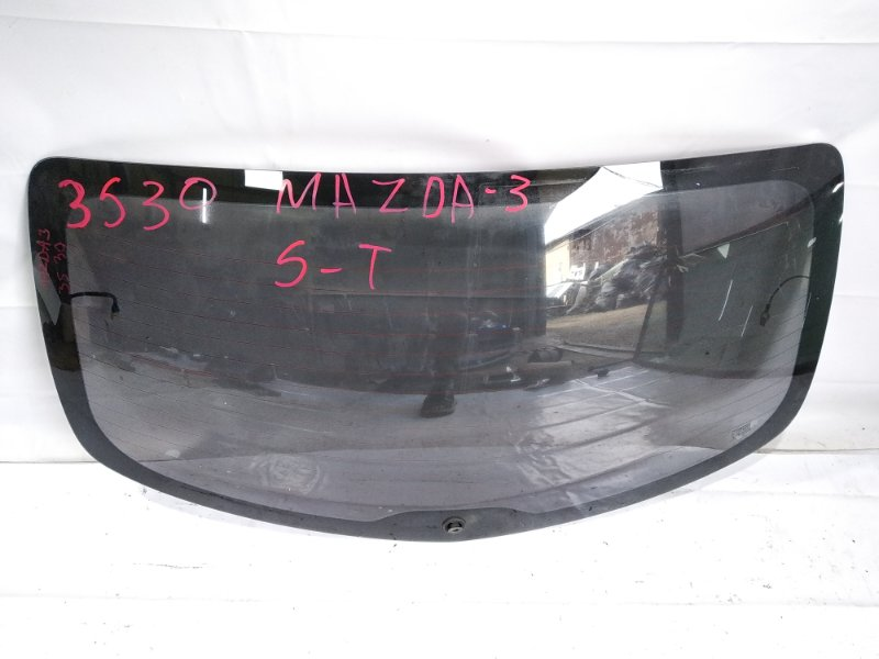 Стекло 5-й двери Mazda Axela BK5P Z6 2005
