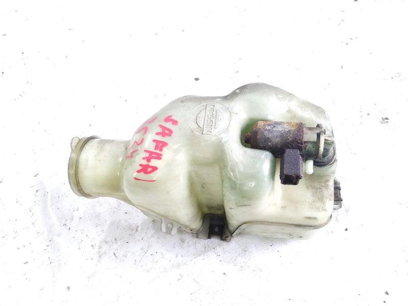 Бачок омывателя фар Nissan Safari FGY60 TD42 1990