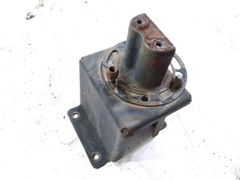 Крепление запасного колеса Nissan Safari FGY60 TD42 1995