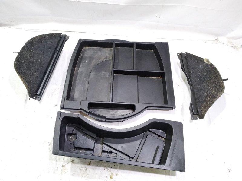 Ванночка в багажник Toyota Harrier ACU15 2AZFE 2002