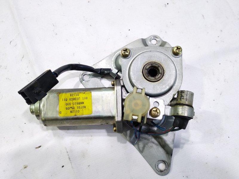 Мотор стеклоподъемника Nissan Safari FGY60 TD42 1990 передний левый