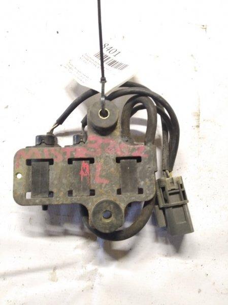 Вакуумник включения моста Nissan Mistral R20 TD27T 02.1995