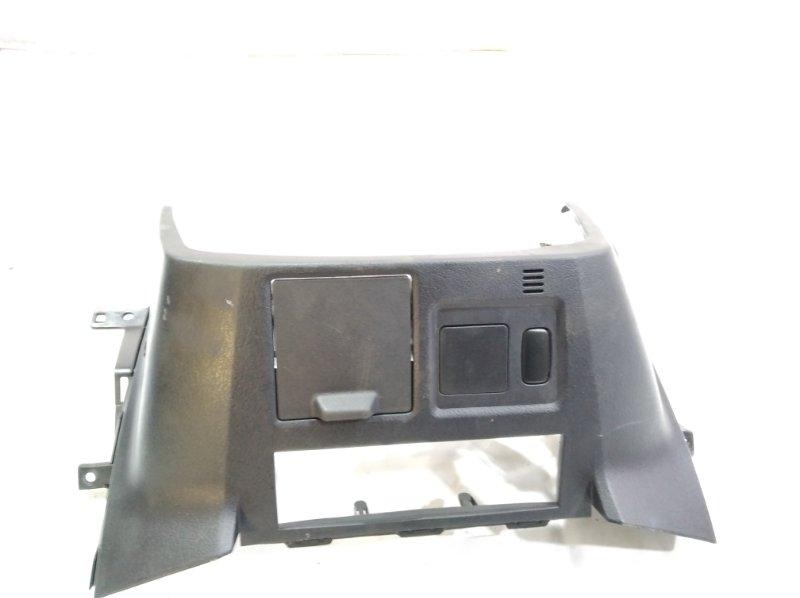 Пластик торпеды Mitsubishi Pajero V93W 6G72 08.2006