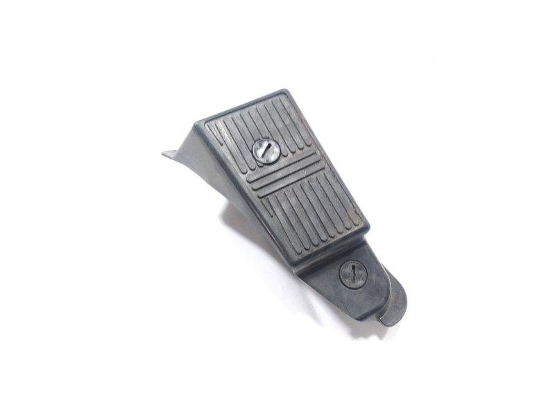 Подножка Nissan Ad VFY11 QG18DE 2005 передняя правая