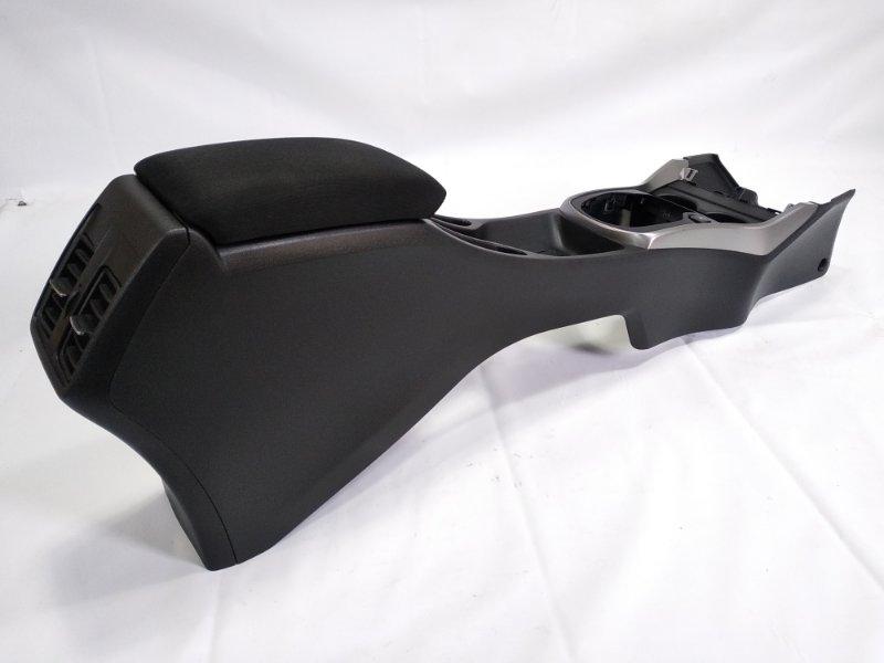 Бардачок между сиденьями Honda Grace GM4 LEB 2014