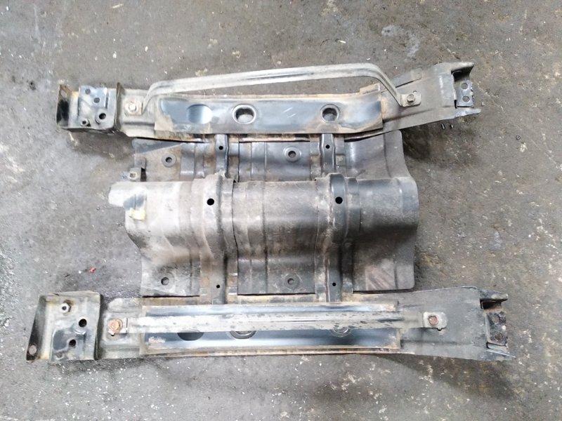 Крепление бензобака Honda Grace GM4 LEB 2014