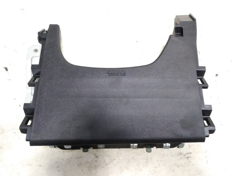 Airbag коленный Mitsubishi Rvr GA3W 4B10 2011 передний правый