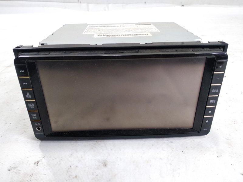 Магнитофон Toyota Isis ZNM10W 1ZZFE 2009 передний