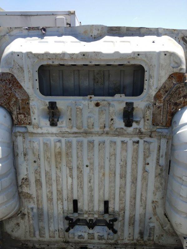 Тазик железный Isuzu Bighorn UBS69 4JG2 1997 задний