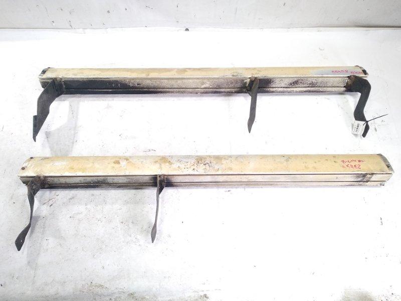 Подножки комплект Isuzu Bighorn UBS69 4JG2 1993