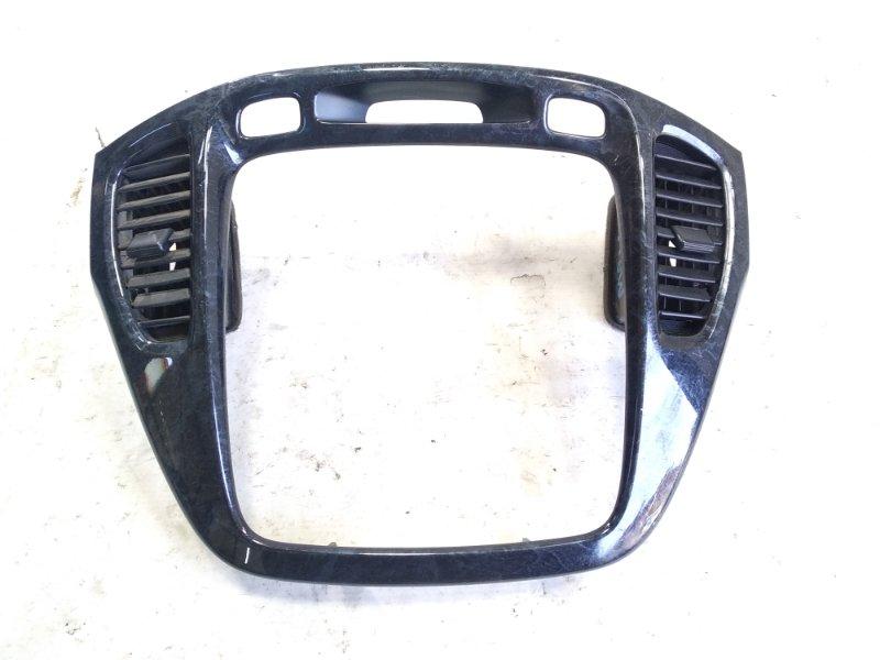 Консоль магнитофона Toyota Kluger V ACU20 1MZFE 2001 передний