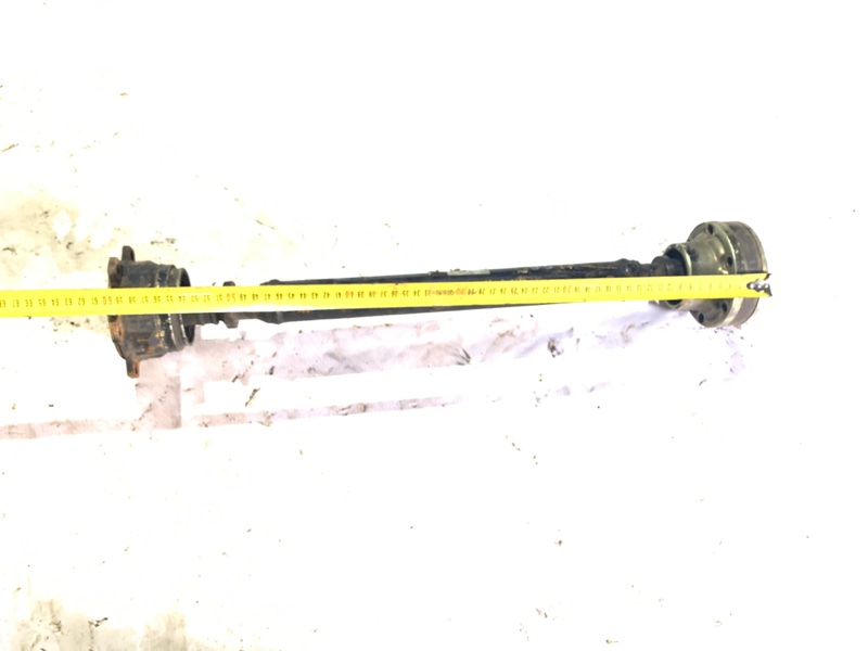 Карданный вал Isuzu Bighorn UBS26GW 6VE1 передний