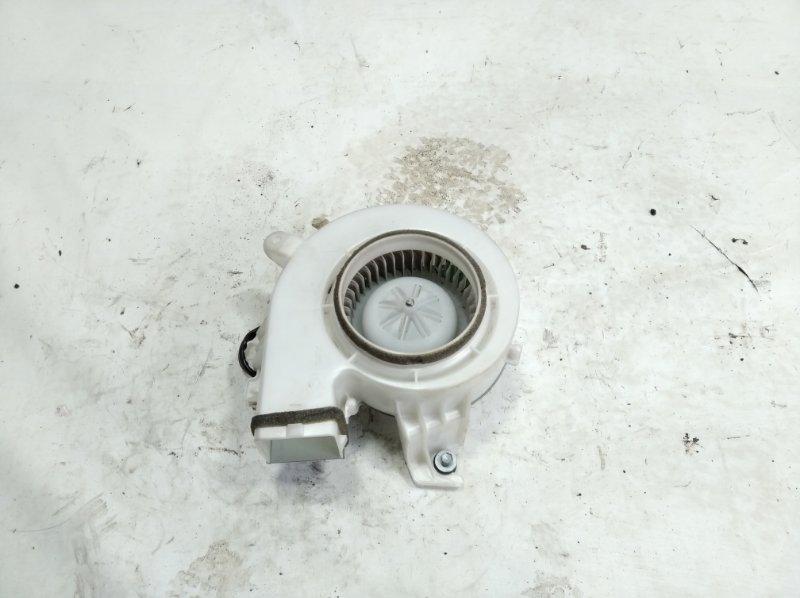 Мотор охлаждения батареи Toyota Sai AZK10 2AZFXE 2009 передний