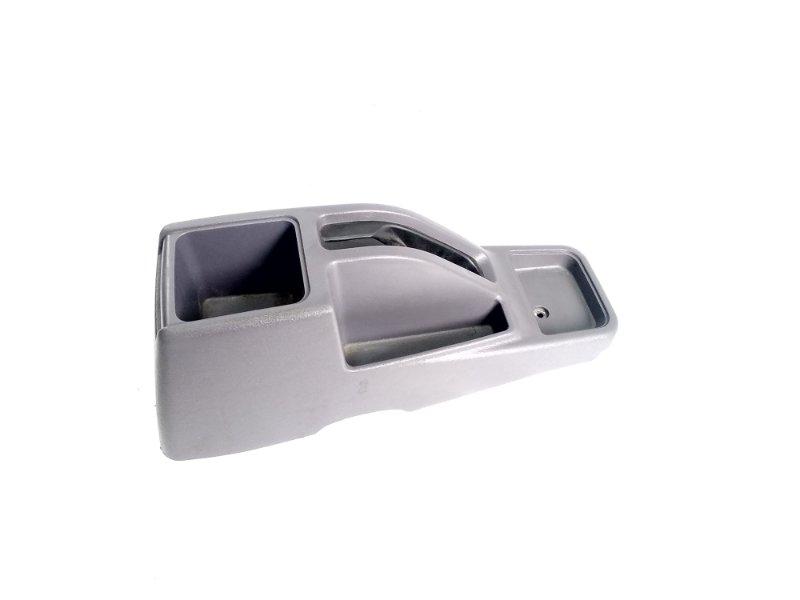 Консоль между сидений Mitsubishi Pajero Junior H57A 4A31 1997