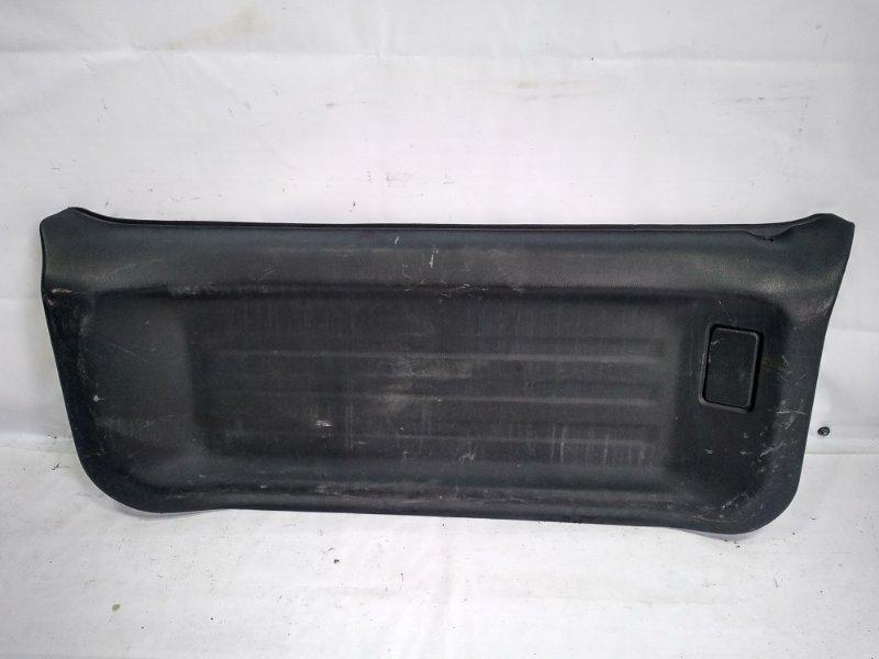 Обшивка двери багажника Suzuki Jimny JB33W G13B 1998 задняя