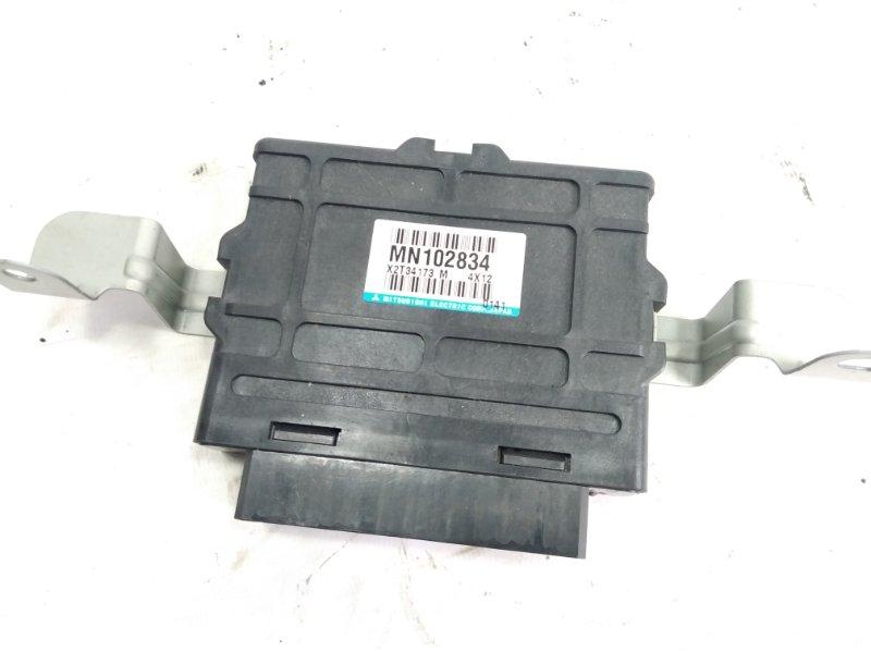 Блок управления abs Mitsubishi Pajero V63W 6G72 2004