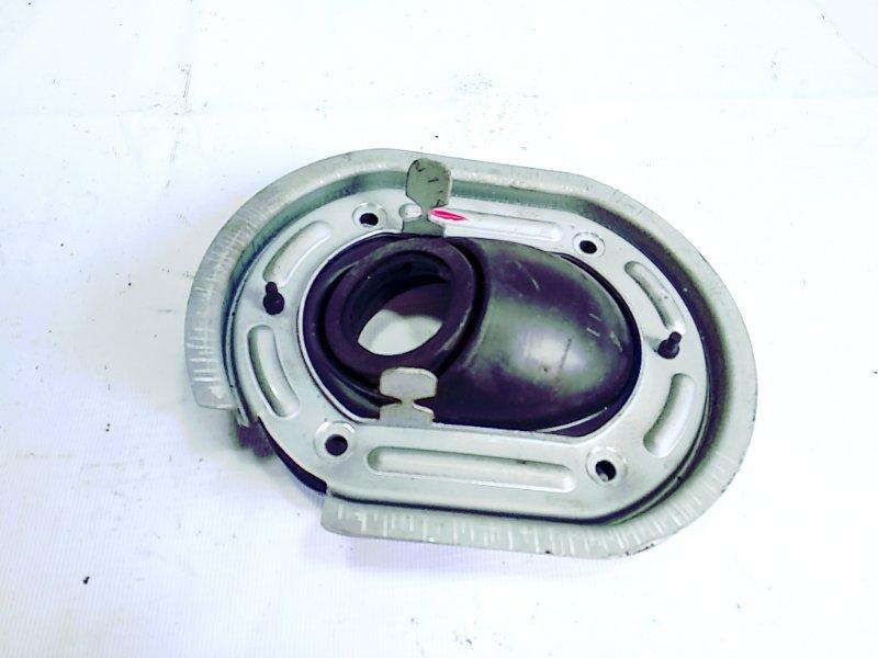 Пыльник рулевой колонки Mitsubishi Pajero V63W 6G72 2004 передний правый
