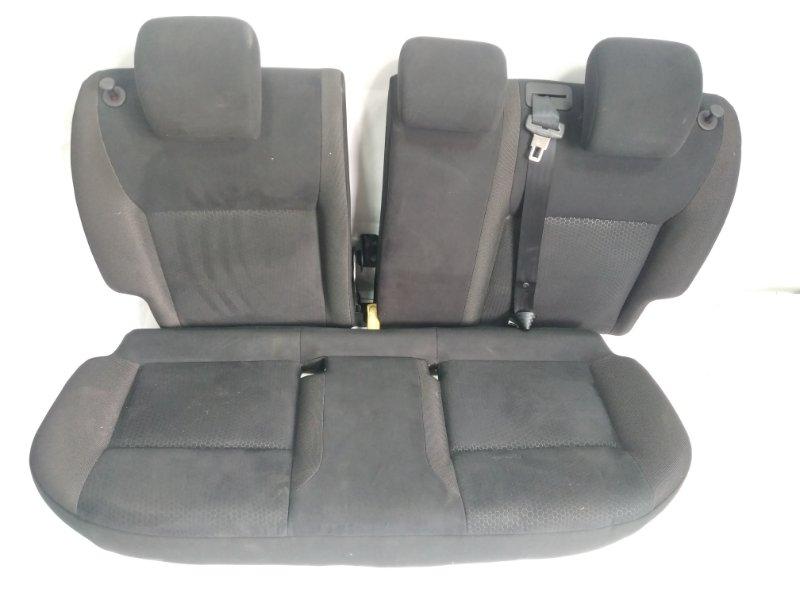 Сидение Nissan Juke YF15 HR15DE 2011 заднее