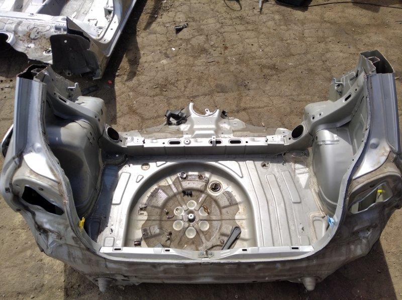Тазик железный Toyota Corolla Runx NZE121 2ZZGE 2001 задний