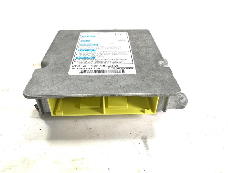 Блок управления airbag Honda Freed Spike GP3 LEA 2012