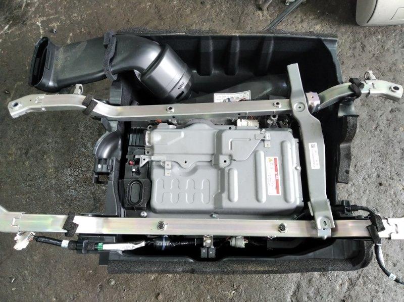 Высоковольтная батарея Honda Freed Spike GP3 LEA 2012 задняя