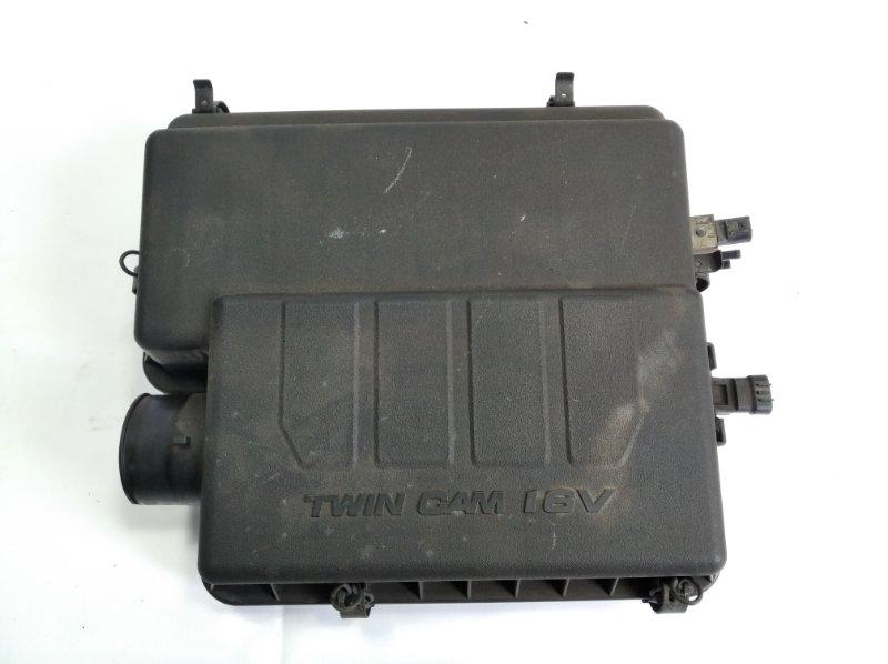 Корпус воздушного фильтра Toyota Passo Sette M502E 3SZFE 2010 передний
