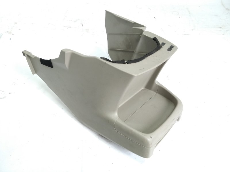 Пластик салона Toyota Passo Sette M502E 3SZFE 2010 передний