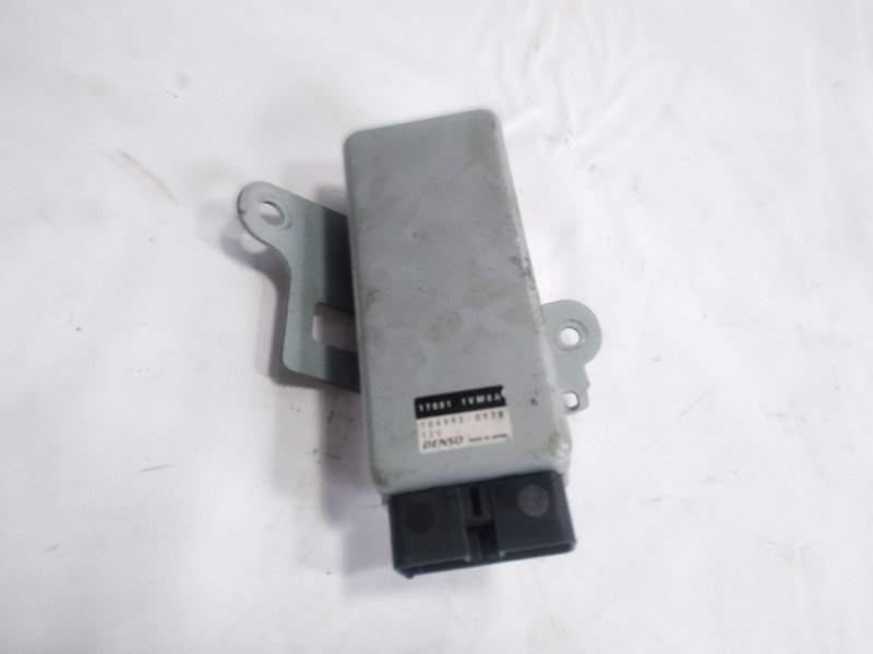 Блок управления топливным насосом Nissan Serena HC26 MR20DD 2013