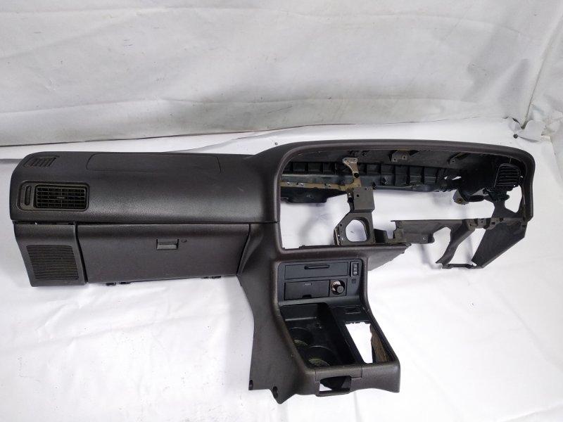 Airbag пассажирский Toyota Hiace KZH106G 1KZTE 1997