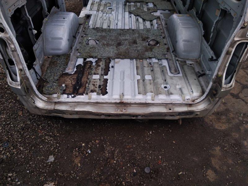 Тазик железный Toyota Hiace KZH106G 1KZTE 1997