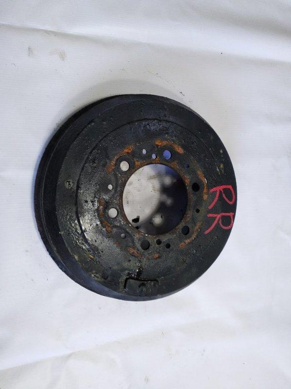 Тормозной барабан Toyota Hiace KZH106G 1KZTE 1997 задний правый