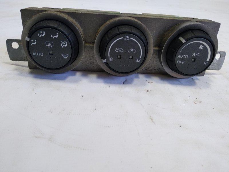 Блок управления климат-контролем Nissan Xtrail T30 SR20VET 2004 передний